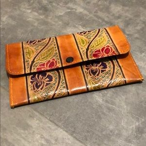Handbags - Vintage Inspired Wallet